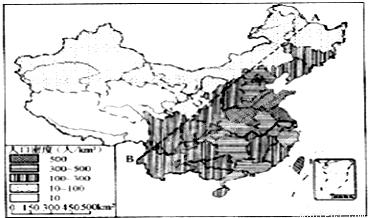 中虚线是我国的人口地理分界线,此线北端的A是黑龙江省的,南端